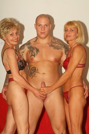 3some Pictures
